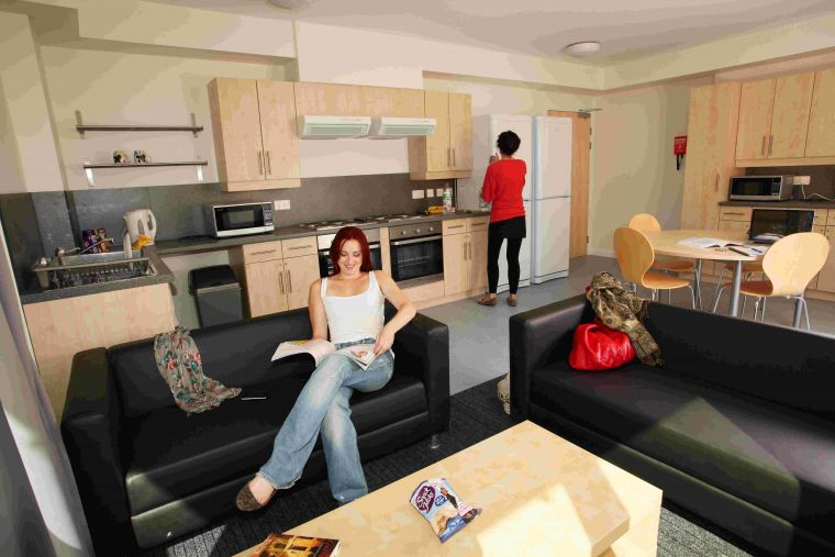 Sharing a Student House Without the Hassle